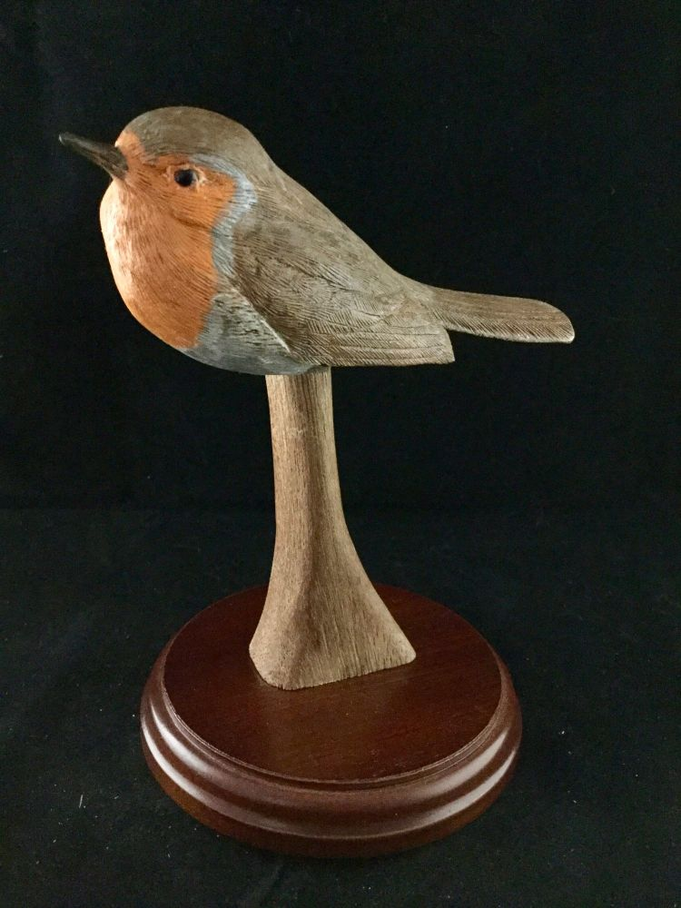 Robin on round base