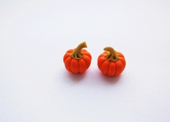 Mini Pumpkin Ear studs