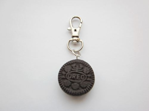 Oreo Biscuit Silver Keyring