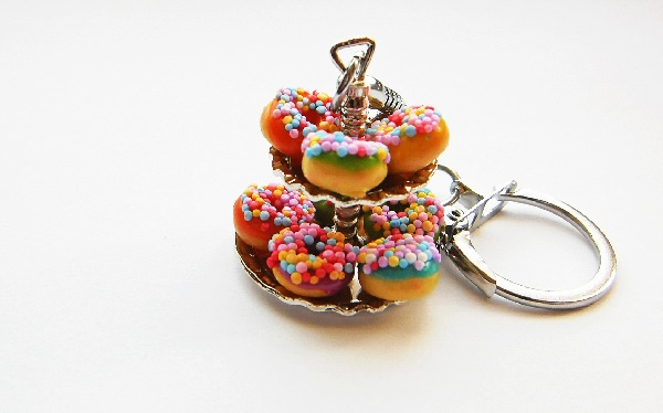 Anne's Mixed Colourful Sprinkle Donut Keyring Stand