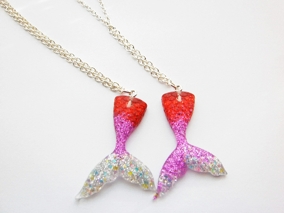 Red And Purple Glitter Mermaid Tail Necklace