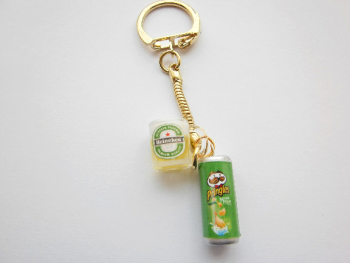 Beer And Pringles Keyring