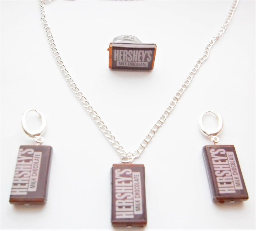 Hershey's Earring, Necklace And Ring Jewellery Set