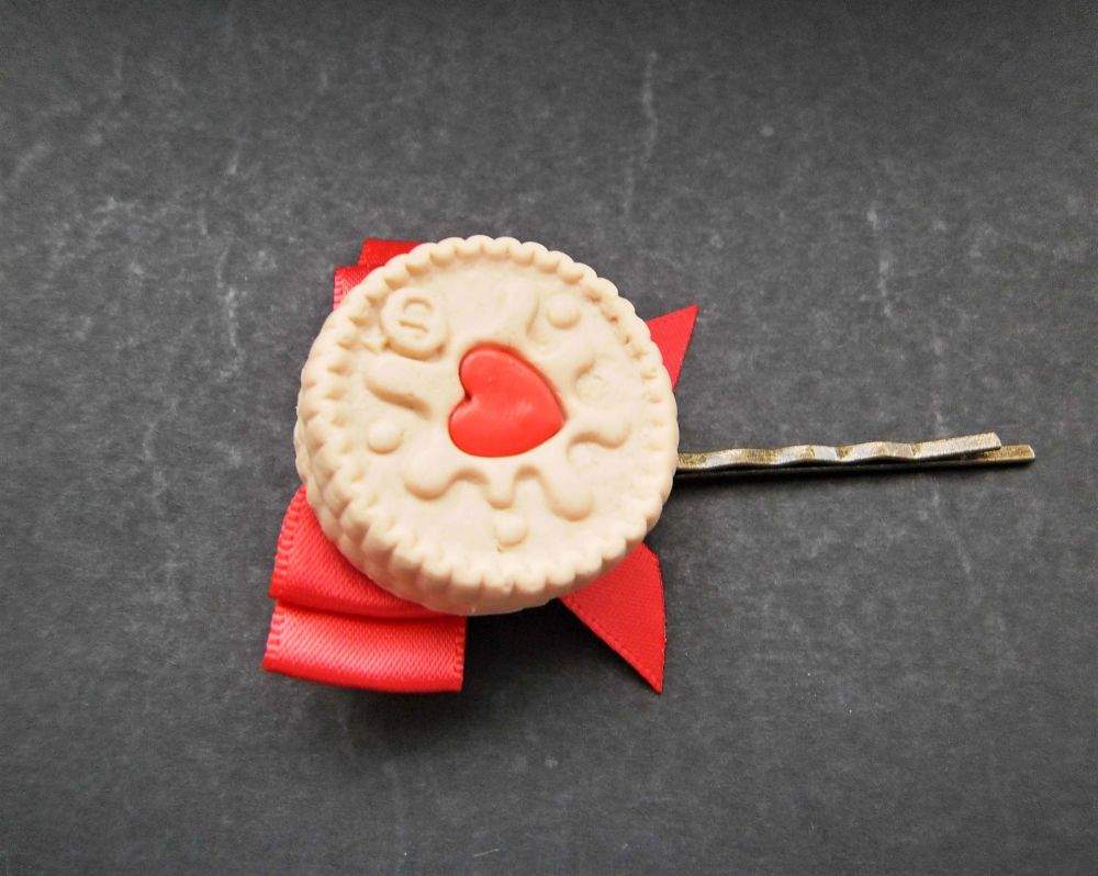 Red Jammie Dodger Bow Hair Grip