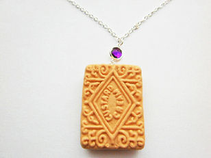Gemstone Amethyst Custard Cream Necklace
