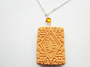 Gemstone Topaz Custard Cream Necklace