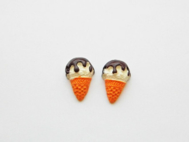 Chocolate Topped Ice Cream Studs