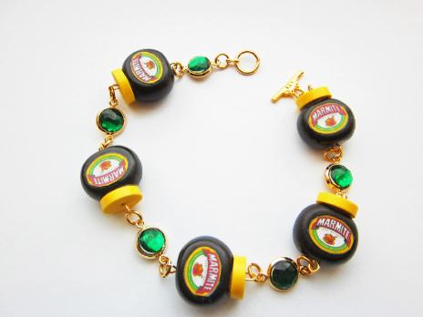 marmite emerald gemstone bracelet