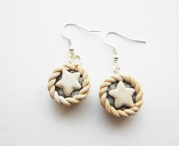 Mince Pie Earrings