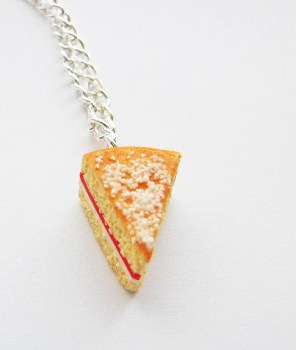 Victoria Sponge Cake Necklace