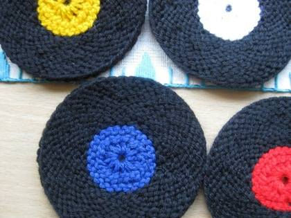 vinyl record coasters knit version 009