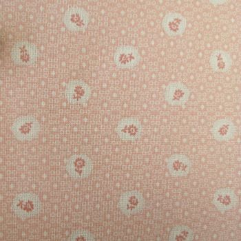 Lecien Fabric ~ Quilters Basic ~ Scallop Flower Pink