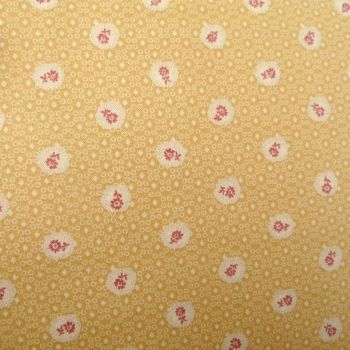 Lecien Fabric ~ Quilters Basic ~ Scallop Flower Custard