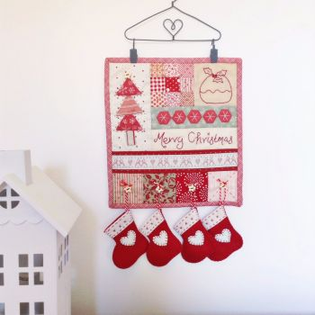'Make it' Sarah's Merry Christmas Mini Quilt
