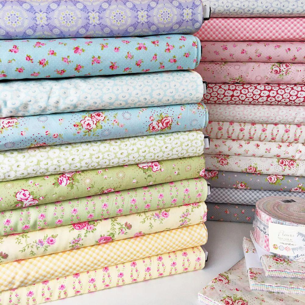 Moda Fabric ~ Fleurs