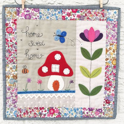 Sarah's 'A Little Happy Sew Along ~ Home Sweet Home' Mini Quilt
