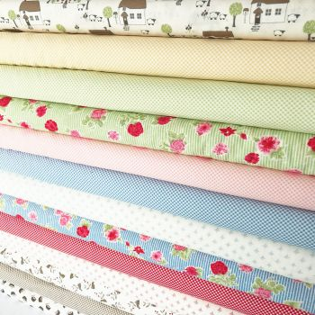 Moda Fabric ~ Fat Quarter Bundle ~ Cottontail Cottage
