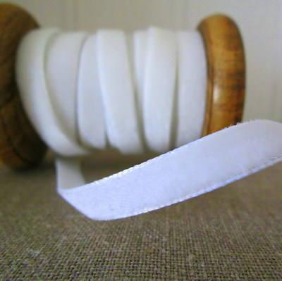 Berisfords Velvet Ribbon ~ Ivory