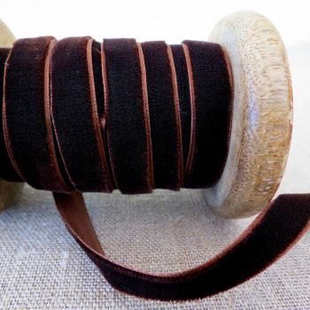 May Arts Velvet Ribbon ~ 10mm ~ Chocolate Brown