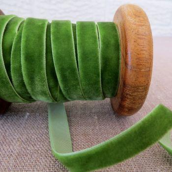 May Arts Velvet Ribbon ~ 10mm ~ Green
