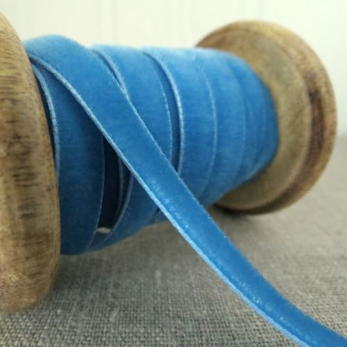 Berisfords Velvet Ribbon ~ Scandinavian Blue