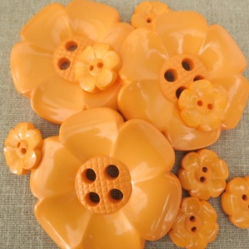 Statement Flower Buttons ~ Orange