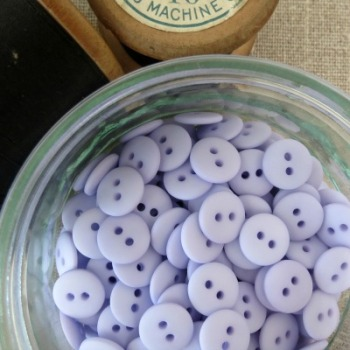 Small Matt Buttons ~ Lilac