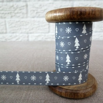 Berisfords Ribbon ~ Trees, Hearts and Snowflakes ~ Grey