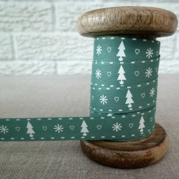 Berisfords Ribbon ~ Trees, Hearts and Snowflakes ~ Green