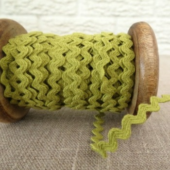 Small Ric Rac ~ Chartreuse