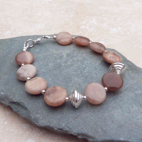 Agate and Silver Bicone Bead Bracelet