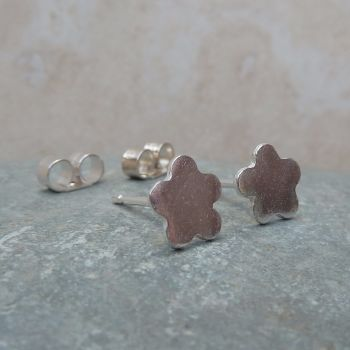 Fine Silver Small 6mm Plain Flower Stud Earrings