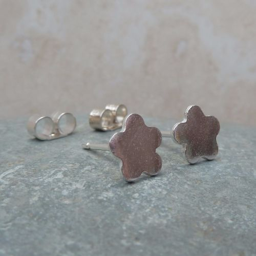 Fine Silver Small Flower Stud Earrings
