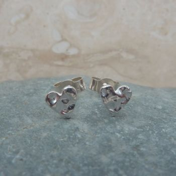 Fine Silver Small 6mm Patterned Heart Stud Earrings
