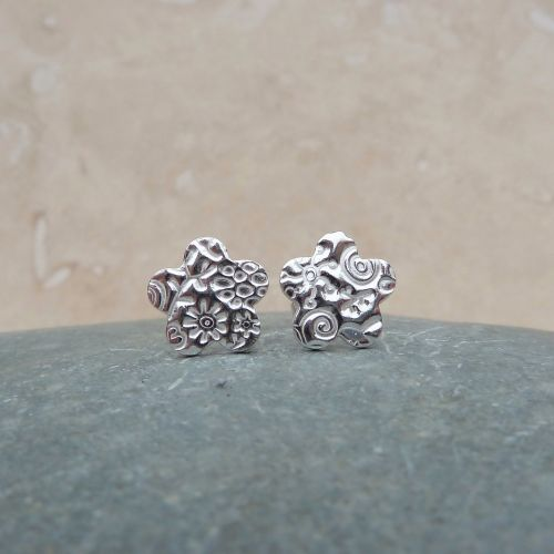 Fine Silver Patterned Flower Stud Earrings