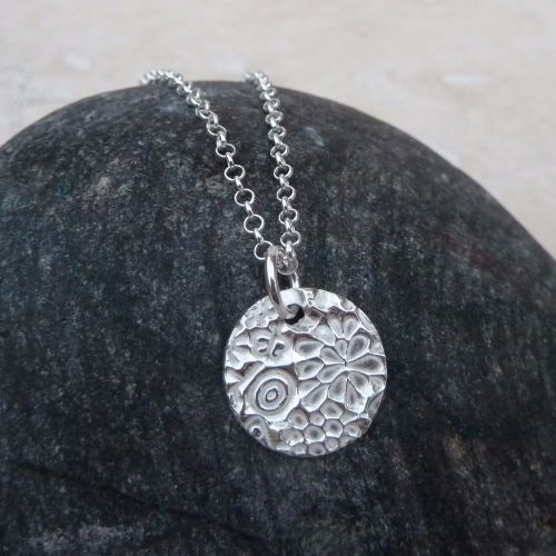 Fine Silver 15 mm Patterned Round Pendant