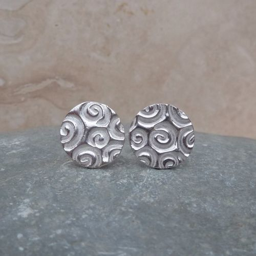 Fine Silver Patterned 12 mm Round Stud Earrings