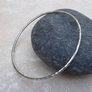Sterling Silver 2mm Hammered Bangle