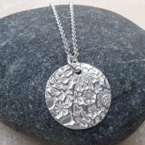 Sterling Silver 20 mm Patterned Pendant Necklace
