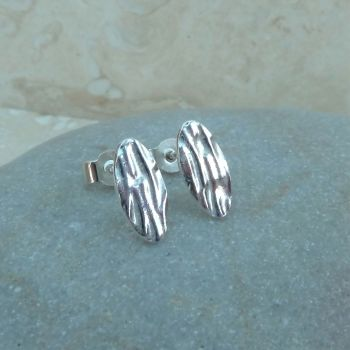 Fine Silver 10 mm Oval Patterned Stud Earrings