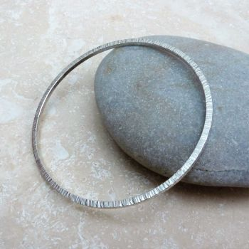 Sterling Silver 2mm Square Wire Hammered Round Bangle
