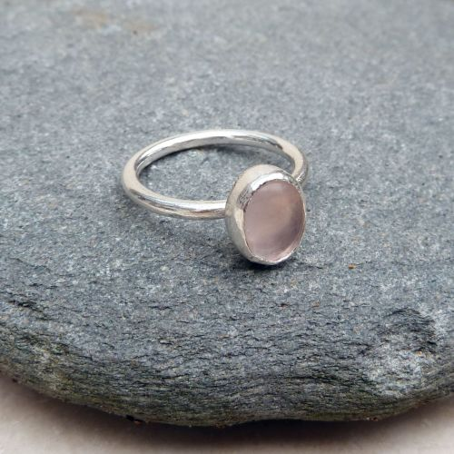Sterling Silver and Oval Rose Quartz Ring - UK Size P