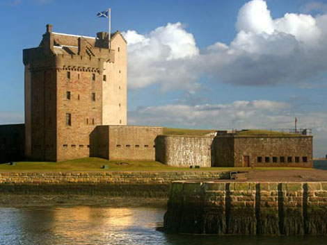 Private Taxi from Edinburgh airport to Broughty Ferry, Dundee (maximum 6 pa