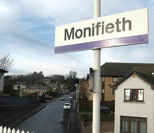 Taxi transfer from Monifieth to Edinburgh Airport (maximum 6 passengers sub