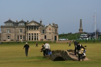 Taxi transfer from Edinburgh Airport to the Old Course Hotel, St Andrews, (maximum 6 passengers subject to luggage)*