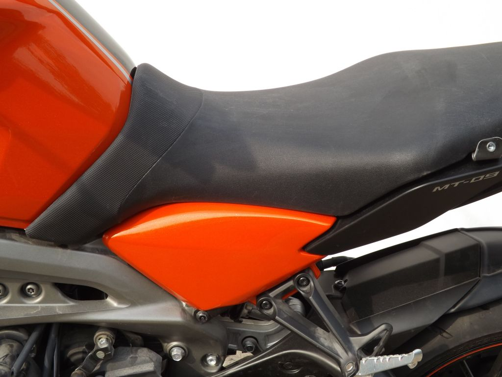 22133d_yamaha_mt09_fz09_frame panel_orange