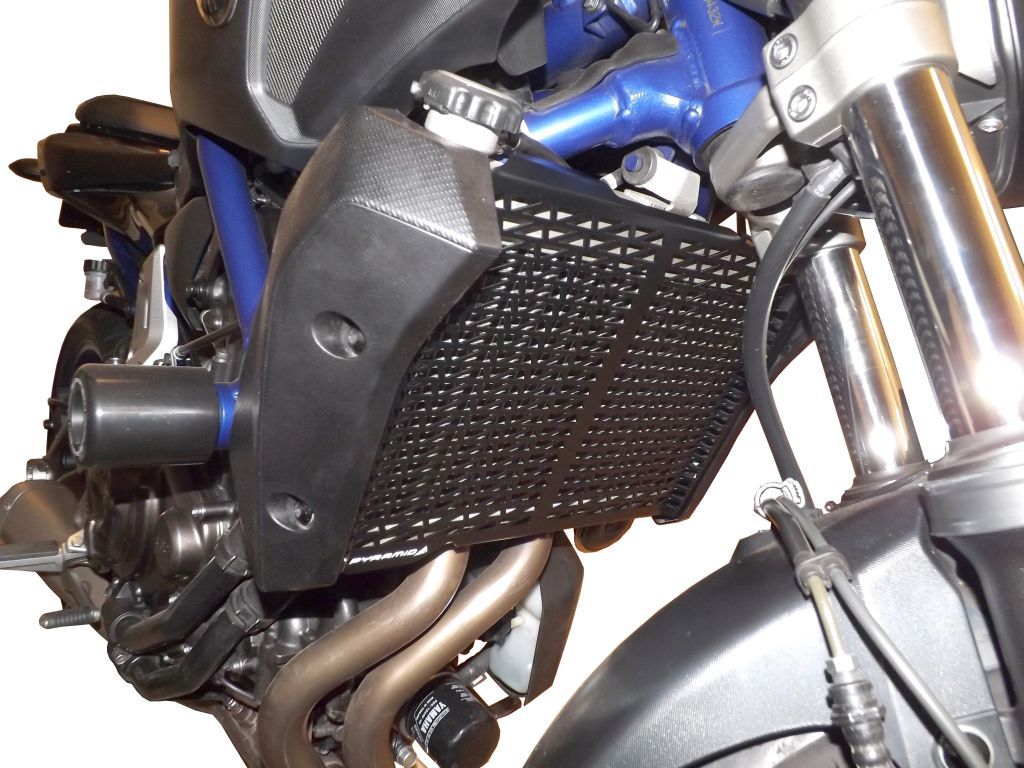 522002a_yamaha_mt09_fz09_radiator guard_3