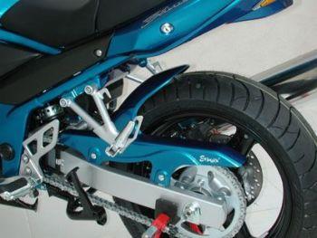 Suzuki Bandit GSF600 / GSF650 Non-ABS (00-06) Rear Hugger: Gloss Black E730418043