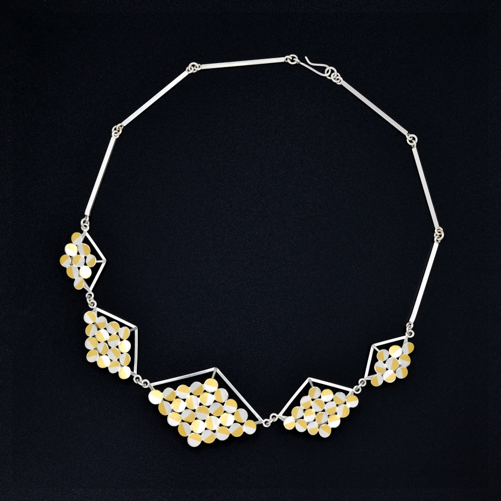 Rhombus 3D half-chain necklace