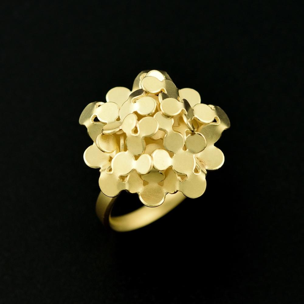 Flower gold ring